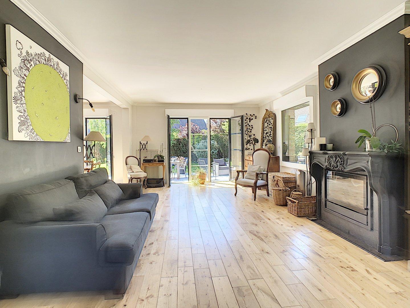 MAISON A VENDRE - LAMBERSART - 185 m2 - Prix : nous consulter
