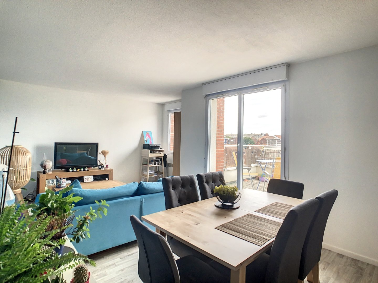 APPARTEMENT T3 - LILLE - 65,59 m2 - 241500 €