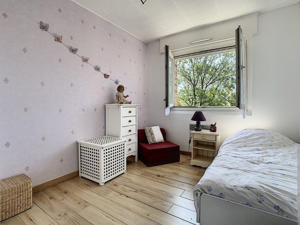 APPARTEMENT T3 A VENDRE - LILLE - 63,5 m2 - 143500 €